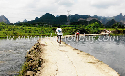 Countryside mountain bike trip from Guilin to Daxu