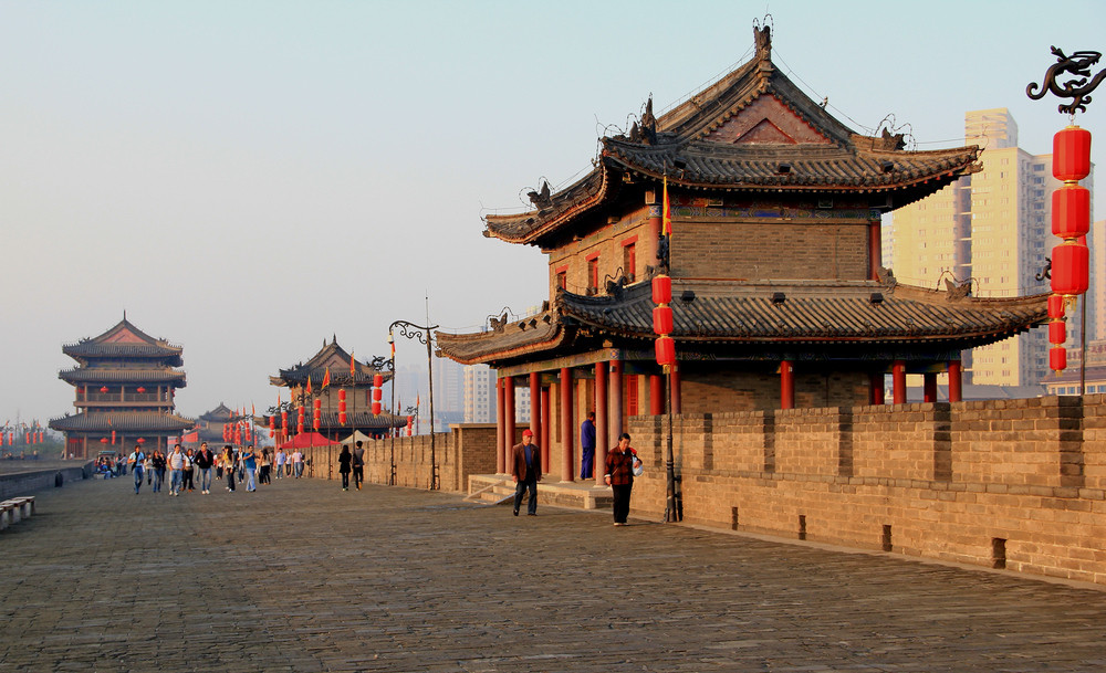 Xian City Wall - the most intact ancient Chinese city wall in existence