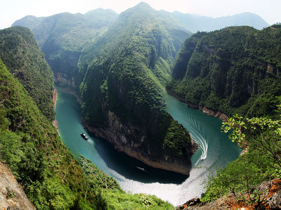 Yangtze Cruise's shore excursion to Shennong Stream